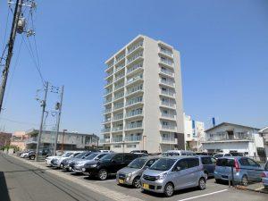 JR北長瀬駅まで徒歩圏内の築浅マンションです☆
